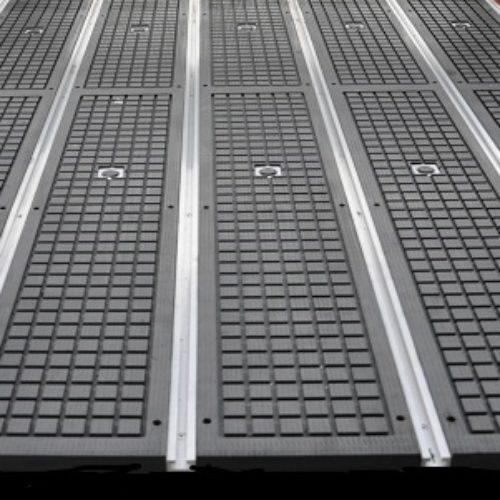Olympus vacuum table
