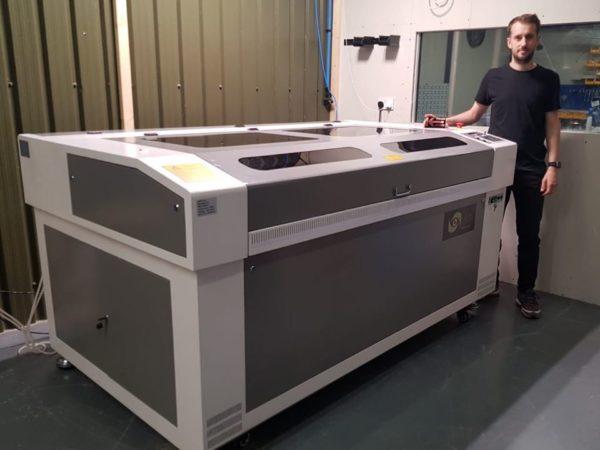 Oculus 1690 Laser Cutter