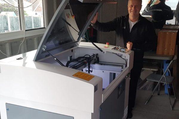 Oculus 6090 Laser Cutter